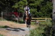 Ina og hesten Lady på feltrittstevne